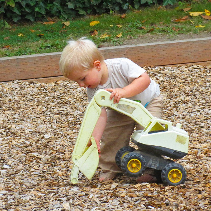 is_Toddler_Source_Image_017_2570_1200x800px